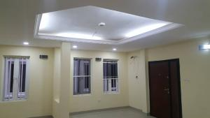 3 bedroom Flat / Apartment for sale . Mende Maryland Lagos