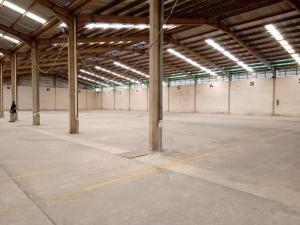 Warehouse Commercial Property for rent Lagelu estate Challenge Ibadan Oyo