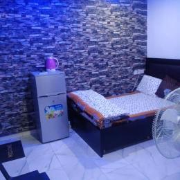 1 bedroom Self Contain for shortlet   Akoka Yaba Lagos