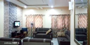 3 bedroom Detached Bungalow House for sale Odeku junction ajia elebu  Akala Express Ibadan Oyo