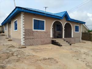 3 bedroom Detached Bungalow House for sale Ifdi Mango Soka Area Lagos Ibadan Expressway Challenge Ibadan Oyo