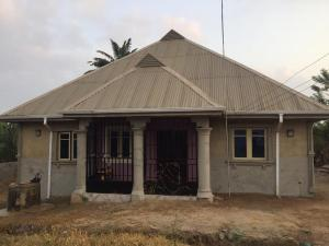 4 bedroom Detached Bungalow House for sale Wire & Cable Apata Ibadan Abeokuta Expressway Ibadan Apata Ibadan Oyo
