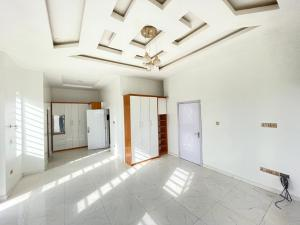 4 bedroom House for sale z Omole phase 1 Ojodu Lagos