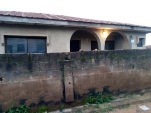 4 bedroom Flat / Apartment for sale Alakia New ife road Alakia Ibadan Oyo