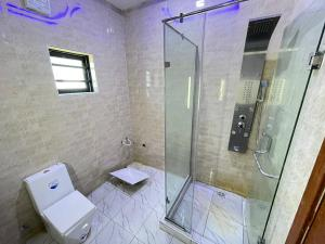 5 bedroom House for sale z Omole phase 1 Ojodu Lagos