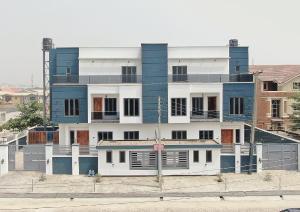 5 bedroom Shared Apartment Flat / Apartment for sale . Lekki Phase 1 Lekki Lagos