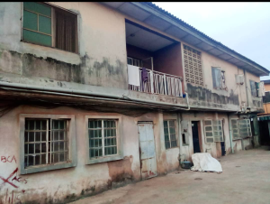House for sale toyin bus. stop via oguntade, Iju Ishaga Lagos Iju Lagos