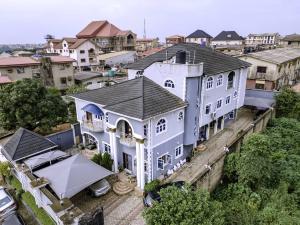6 bedroom Detached Duplex for sale   Olowora Ojodu Lagos