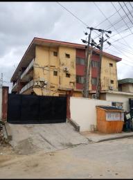 3 bedroom Blocks of Flats House for sale f Soluyi Gbagada Lagos
