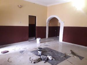 3 bedroom Blocks of Flats House for sale Amoted area accessible from bcos basoru market or from iwo road  Basorun Ibadan Oyo