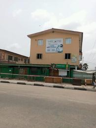 3 bedroom Flat / Apartment for sale Pedro road by famous bustop Shomolu Shomolu Lagos
