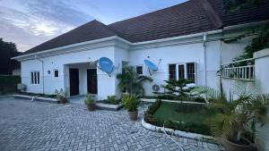 4 bedroom Semi Detached Bungalow for sale Lugbe Lugbe Abuja