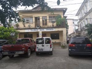 3 bedroom Commercial Property for sale No 303 Albert Macholey way sabo yaba Lagos  Sabo Yaba Lagos