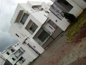 2 bedroom Flat / Apartment for sale Jahi Gilmore, Gwarinpa Abuja