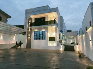 5 bedroom Detached Duplex for sale Awuse Estate Opebi Lagos Opebi Ikeja Lagos