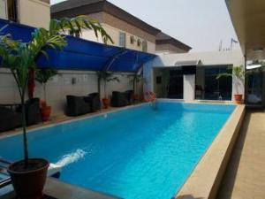 10 bedroom Hotel/Guest House Commercial Property for sale chevron  chevron Lekki Lagos