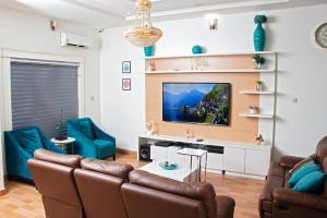4 bedroom House for shortlet Ikota Villa Estate Ikota Lekki Lagos