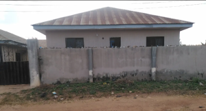 Self Contain Flat / Apartment for sale CAC road opposite Stateline hotel road Futa SG Akure Ondo