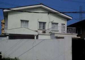 Detached Bungalow House for sale Southwest Ikoyi Lagos