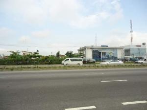 Commercial Land for sale Directly Along Lekki Epe Expressway, Beside Zenith Bank Lekki Lagos