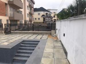 10 bedroom Flat / Apartment for sale Shonibare Estate Maryland Lagos