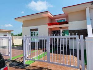 3 bedroom Terraced Bungalow House for sale Treasure Parks Sagamu Ogun