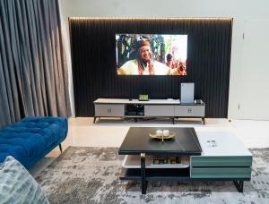 2 bedroom Flat / Apartment for shortlet Cadogan Estate, Castlerock Avenue Jakande Lekki Lagos