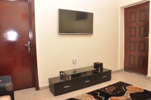 1 bedroom mini flat  Flat / Apartment for shortlet 65 Ajiran Road Agungi Lekki Phase 2 Lekki Lagos