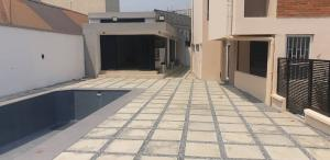 10 bedroom Flat / Apartment for sale Maryland Mende Maryland Lagos