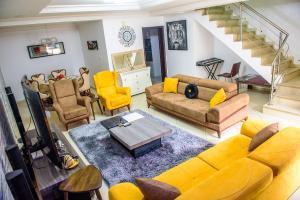 4 bedroom Semi Detached Duplex House for shortlet Brains & Hammers Estate Life Camp Abuja