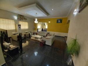 4 bedroom Detached Duplex House for shortlet Karsana Abuja