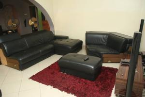 3 bedroom Penthouse Flat / Apartment for shortlet Abeokuta street Ebute Metta Yaba Lagos