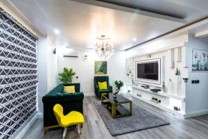 3 bedroom Flat / Apartment for shortlet 19 Olaletan St ONIRU Victoria Island Lagos