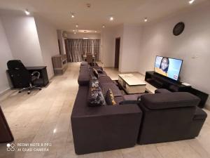 3 bedroom Blocks of Flats House for rent - Gerard road Ikoyi Lagos