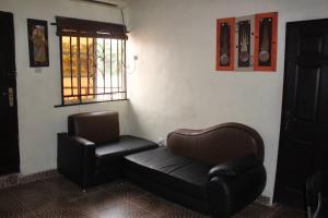 1 bedroom mini flat  Mini flat Flat / Apartment for shortlet oyadiran Sabo Yaba Lagos