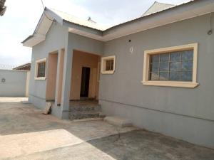 3 bedroom Detached Bungalow for sale Orita Odan Olodo Iwo Rd Ibadan Oyo