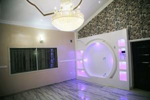 5 bedroom Semi Detached Duplex House for rent Sangotedo Lagos
