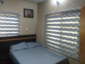 1 bedroom mini flat  Self Contain Flat / Apartment for shortlet Mobile Road, Ilaje After VGC Lekki Lagos