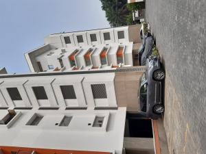 2 bedroom Blocks of Flats House for rent Off Awolowo Road Ikoyi Lagos