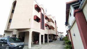 3 bedroom Flat / Apartment for rent Tiamiyu Savage Victoria Island Lagos