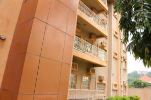 3 bedroom Blocks of Flats for rent Ancestor's Court, Osun Cresent. Maitama Abuja