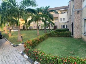 4 bedroom Terraced Duplex House for rent Close to cbn quarters Utako Abuja