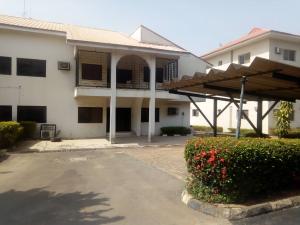 5 bedroom Semi Detached Duplex House for rent Amazon street Maitama Abuja