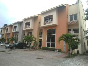 4 bedroom Terraced Duplex for sale Landbridge Avenue, By Palace Road ONIRU Victoria Island Lagos