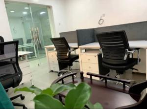 Workstation Co working space for rent 4c Idowu Martins Adeola Odeku Victoria Island Lagos