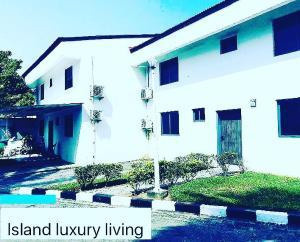 4 bedroom Semi Detached Duplex House for sale Victoria Island Lagos