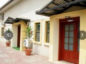 Hotel/Guest House for sale Off Awolowo Way Ikeja Awolowo way Ikeja Lagos