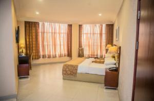 Hotel/Guest House Commercial Property for sale - Airport Road(Ikeja) Ikeja Lagos