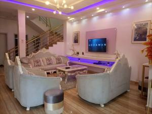 4 bedroom Terraced Duplex House for shortlet Osapa Osapa london Lekki Lagos