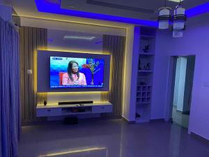 5 bedroom Detached Duplex for shortlet Magodo Magodo GRA Phase 1 Ojodu Lagos